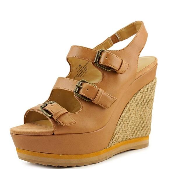 Nine West Womens Dig Platform Sandal Sandals Platforms & Wedges